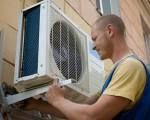 Máy lạnh cần được bảo dưỡng vệ sinh vào mùa nóng